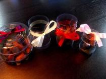 Cutii cilindrice pentru ornamente